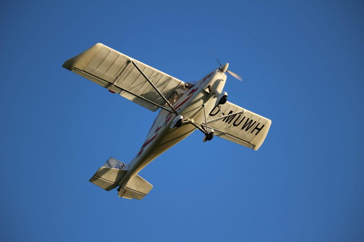 Unser Ultraleichtflugzeug C42B für Ausbildungs-, Schlepp- und Gastflüge